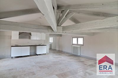 A LOUER - APPARTEMENT 4 PIECES - CARPENTRAS